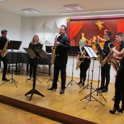 Septet Saxplode in Lev Pupis